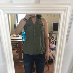 *lightly worn* green sleeveless top - Target